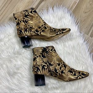 NEW Tory Burch Carlotta Ankle Booties Size 7